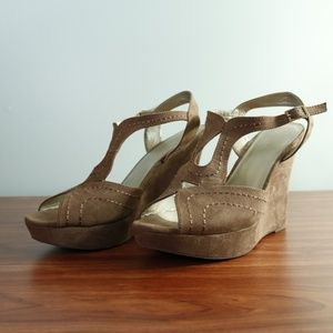 SBICCA - Light Brown Wedges